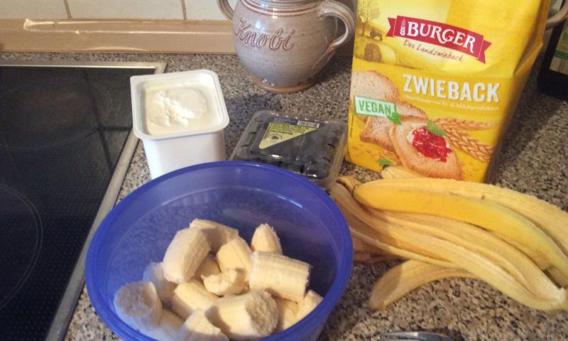 Zwieback bananen kuchen